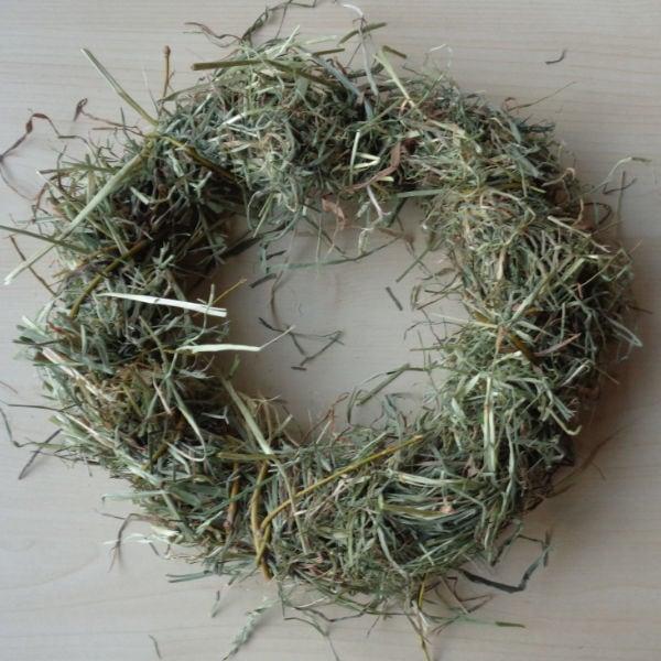 Plain Hay & Willow Wreaths